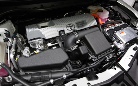 Toyota Auris Hybrid engine