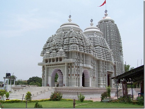 1311768138Jagannath-puri-temple1