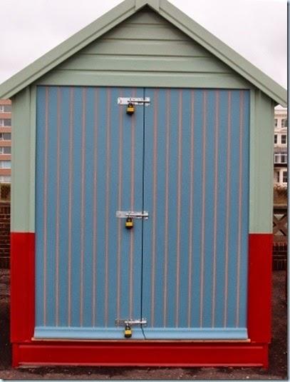 P8155887 Hove hut