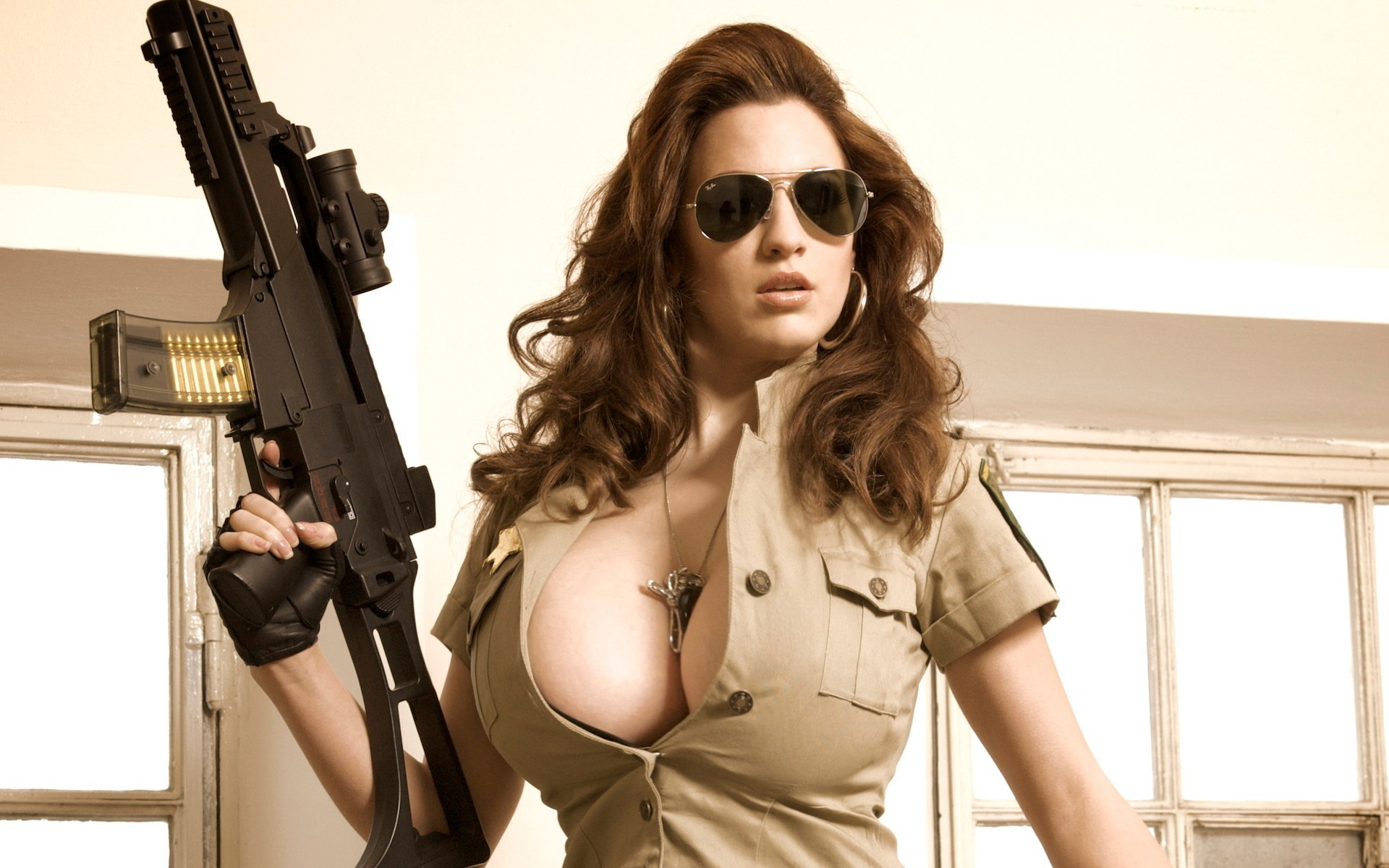 jordan-carver-bad-girl-gir-with-the-gun-
