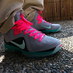 nike lebron 9 ps elite grey candy pink 4 01 LeBron 9 P.S. Elite Miami Vice Official Images & Release Date