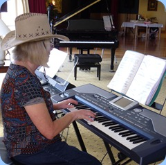 A guest artist, Mary Barrett, entertained us on her Korg Pa800 and later on the grand piano.