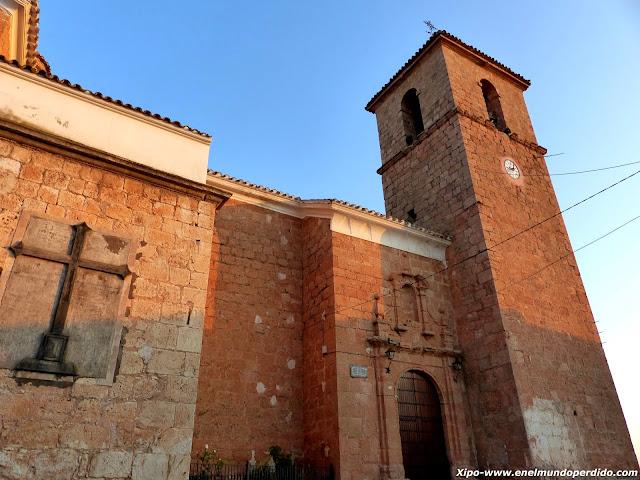 iglesia-de-fuentealbillaJPG