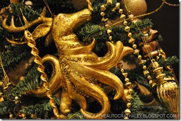 GOLD CHRISTMAS TREE (8)