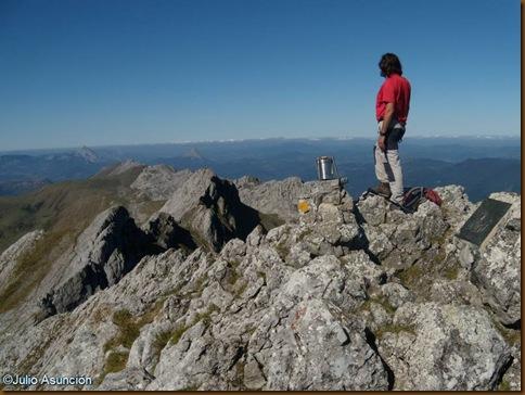 Cima de Aitxuri - Parque natural de Aizkorri - Gipuzkoa