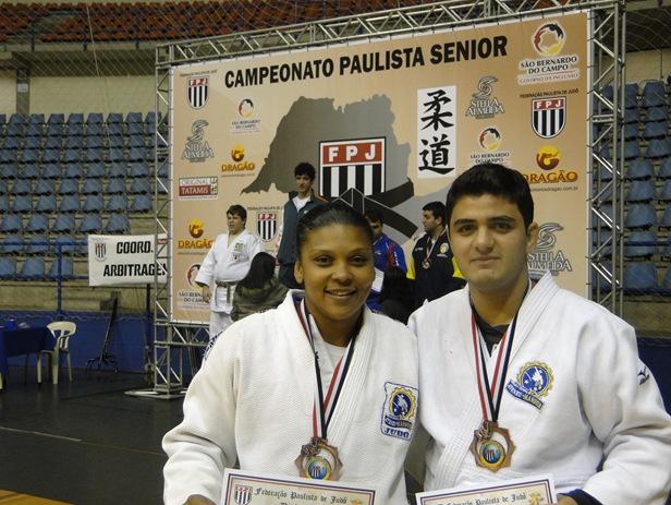 Fernanda e Marco Aurélio medalhista Sênior em 2010