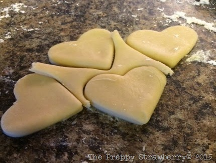 Sugar Cookie Recipe {The Preppy Strawberry}