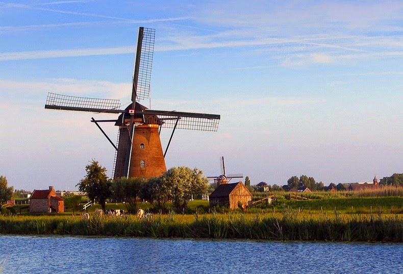 windmills-of-kinderdijk-5