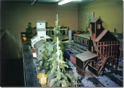 02 O-Scale Layout in Portland in Winter 2001