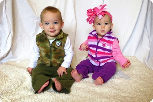 Twins 8 Month Photo Shoot