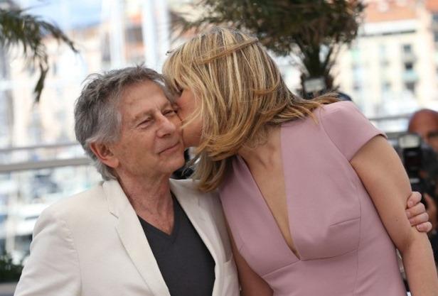 Emmanuelle-Seigner-et-Roman-Polanski-le-25-mai-2013-a-Cannes_portrait_w674