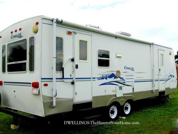 Keystone Cougar 30' camper