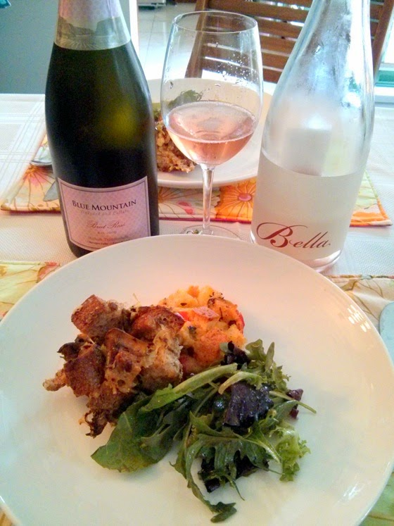 Blue Mountain Brut Rose & Bella Gamay with duo of Bread Salad