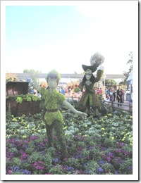 Florida vacation Epcot topiary Peter pan and Cpt hook