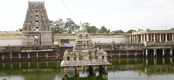 kanchi-kamakshi-temple-kanchipuram