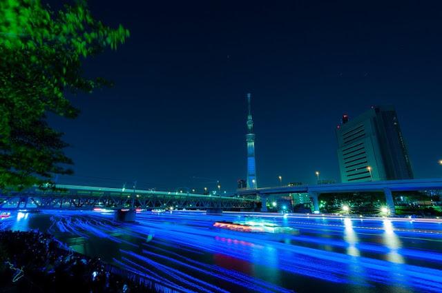 tokyo-hotaru-04-terapixel.jpg