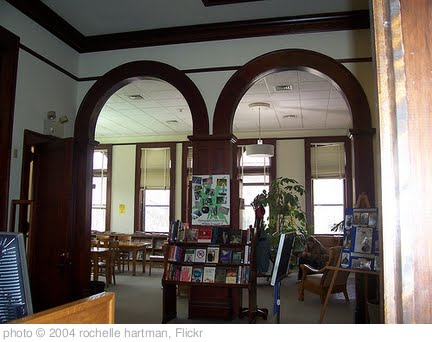'Sparta Public Library' photo (c) 2004, rochelle hartman - license: http://creativecommons.org/licenses/by/2.0/
