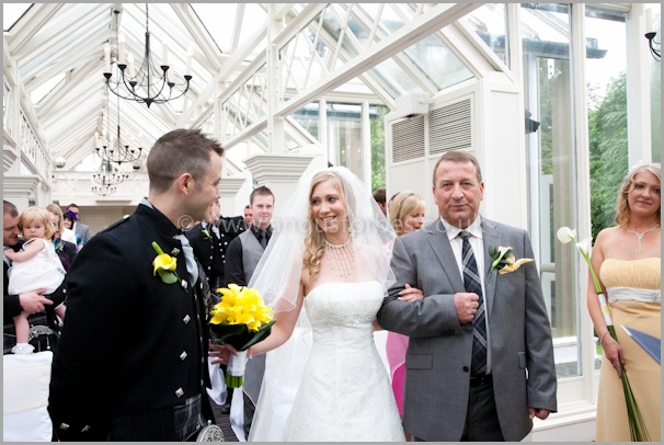 Ewan sees Jo for the firsat time at their Wedding in Dundee