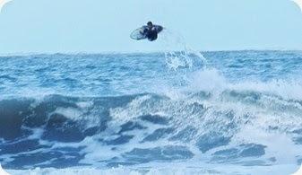 Kitesurf, kayak, surf, trekking, pesca, algunas de las actividades que el imponente mar nos ofrece