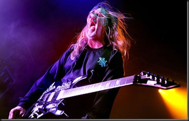 Jeff-Hanneman-of-Slayer-010