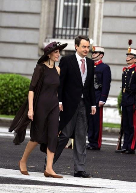 El Presidente del Gobierno José Luis Rodríguez Zapatero llegó al enlace junto a su esposa,