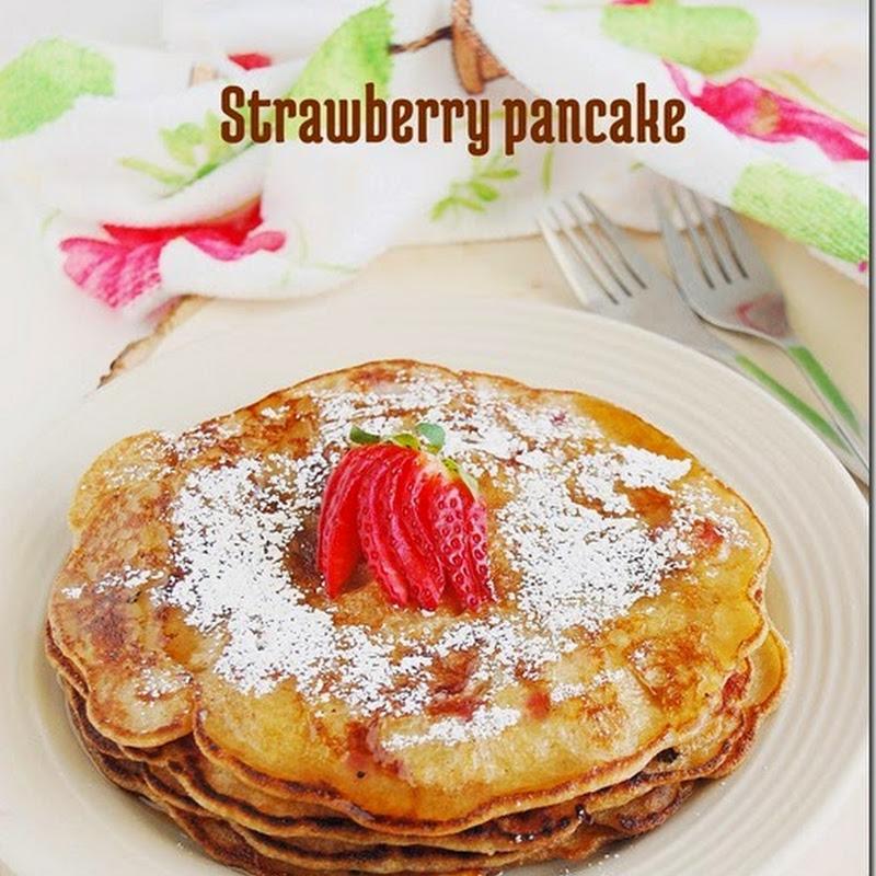 Eggless strawberry pancake
