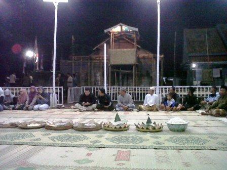 doa bersama turnamen bola voli kosek cup 2013