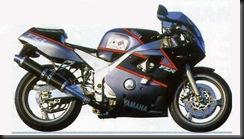 Yamaha FZR400 87