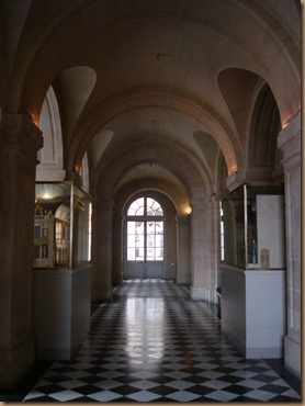 1 Versailles, France (90)