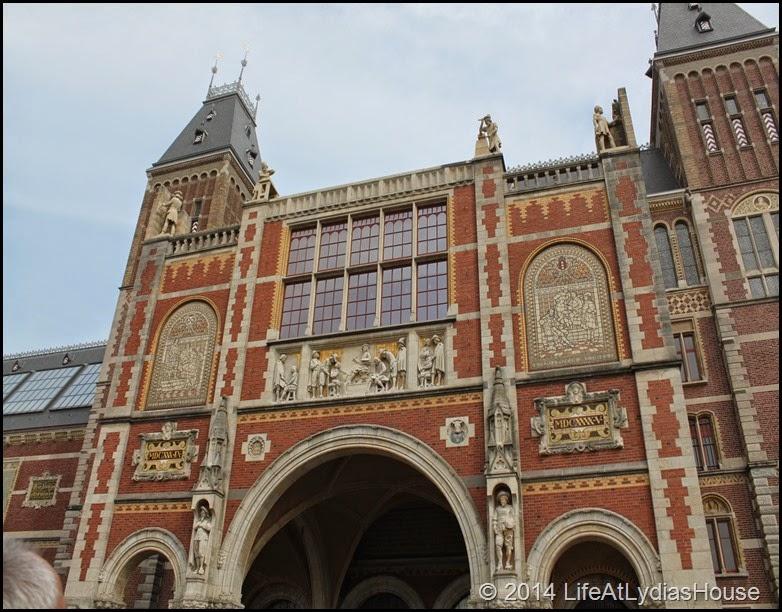 Rijks Museum details 1