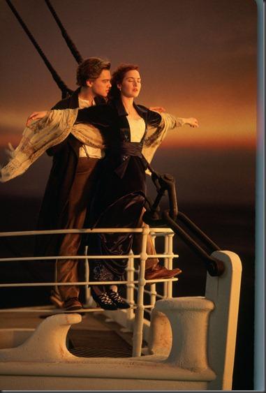Leonardo DiCaprio & Kate Winslet in TITANIC 3D