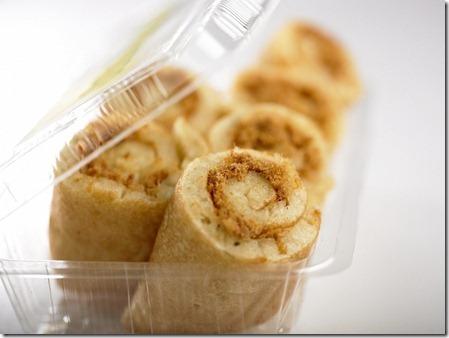 JOLLIBEAN_Chicken Floss Pancake Rolls