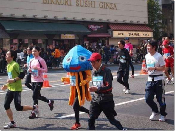 tokyo-marathon-costumes-17