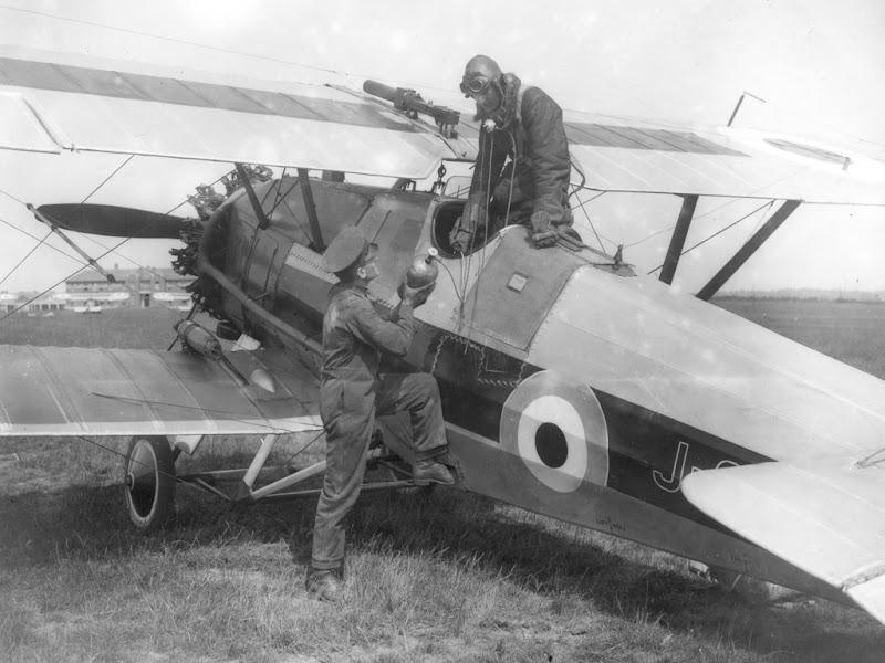 Armstrong-Whitworth_Siskin_ExCC.jpg