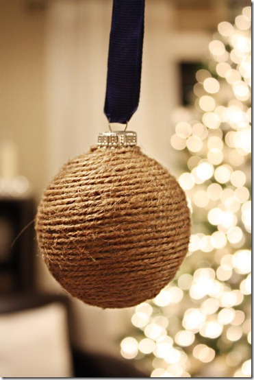 diy projects with jute--make easy and inexpensive ornaments by wrapping glass ornaments in jute