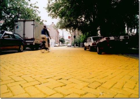 Florentijn Hofman (Yellow Street)
