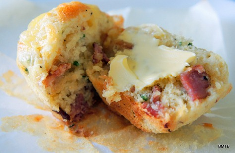 ... Makes Things Better: Lunchbox Bakes - Bacon, Cheese and Chive Muffins
