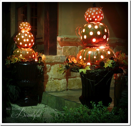 fall-topiary-twins-lit