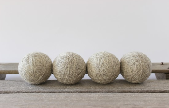 What are wool dryer balls? - www.simpleisprettyshop.com