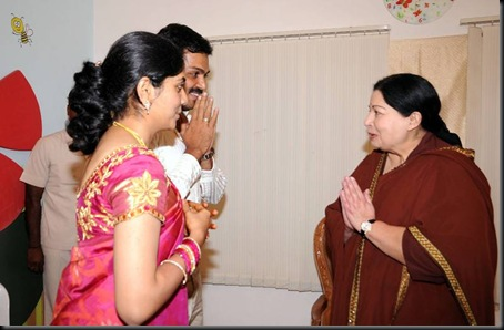 cm jayalalitha at sivakumar house to wish karthi and ranjani