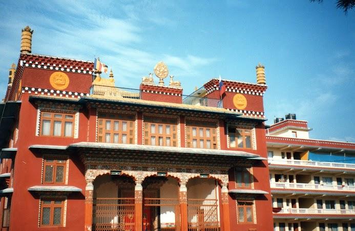 Obiective turistice Nepal: templu tibetan.jpg