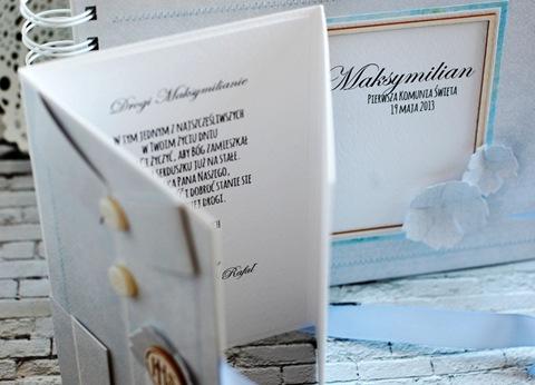 album komunijny w pudełku