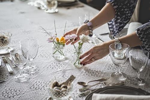 tavola-pasquale-romantica-simona-leoni