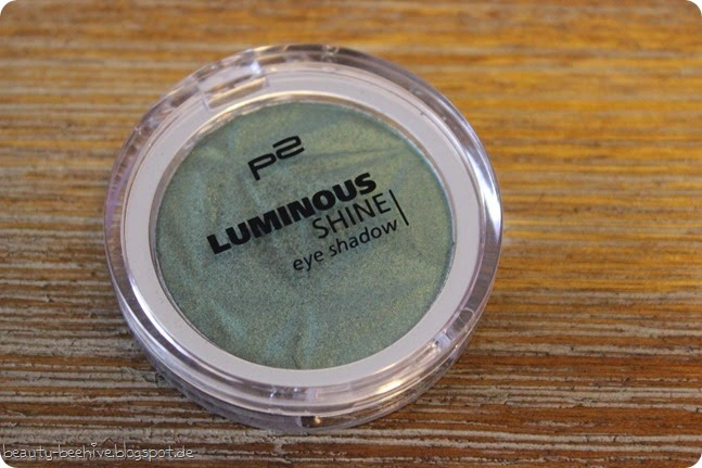 p2 neues sortiment frühjahr 2015 luminous shine eyeshadow lidschatten 050 secret twinkle review make up look swatch