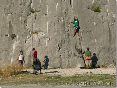 Croatia Online - Mountain Climbing in Omis