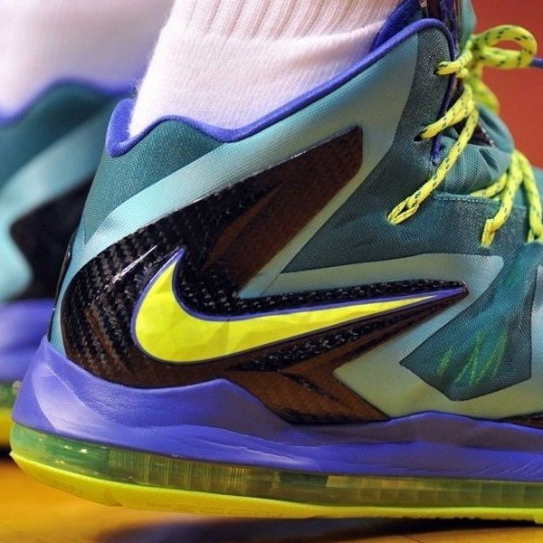 A Detailed Look at LeBron X PS Elite 8220Turquoise8221 Slated for 525