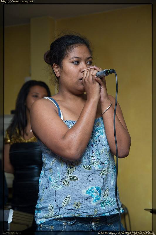 Karaoke avec Tahiry au Mon Tana::D3S_0223