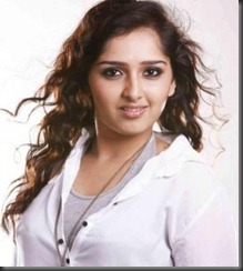 sanusha_latest_photos