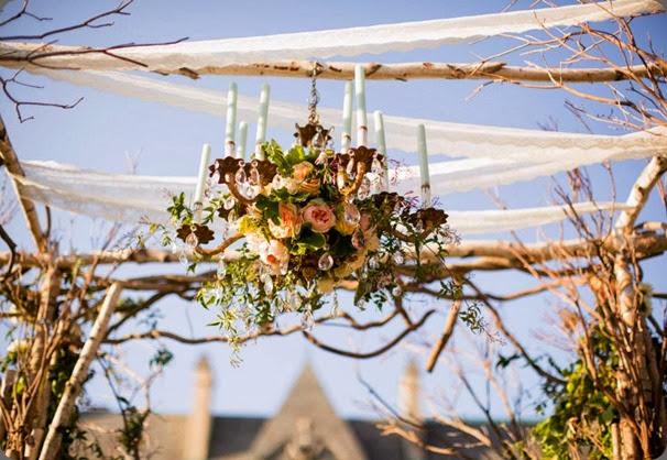 chandelier 577282_694361310577591_137165267_n rebecca shepherd floral design