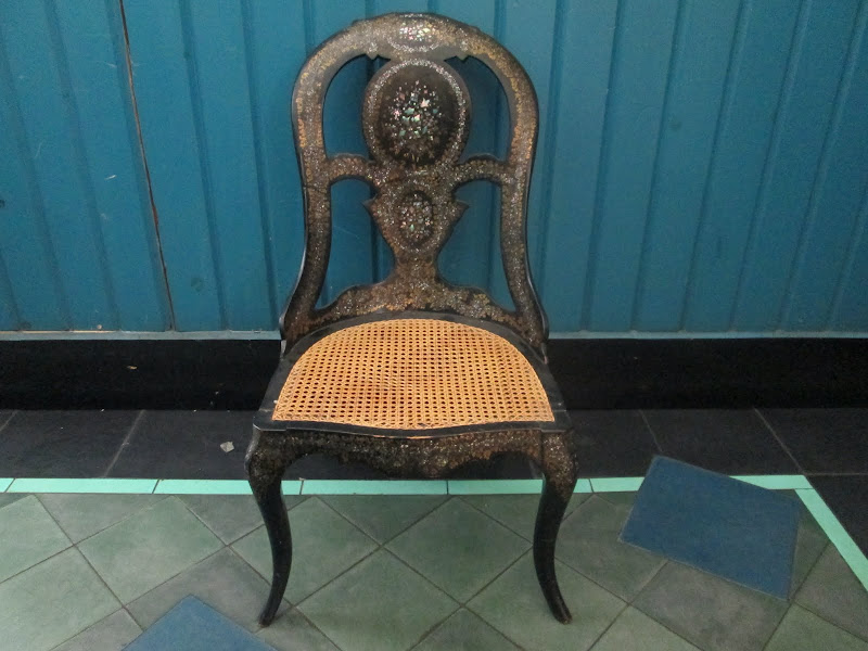 Antique Slipper Chair